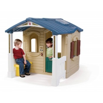 Step 2 Naturally Playful® Front Porch Playhouse
