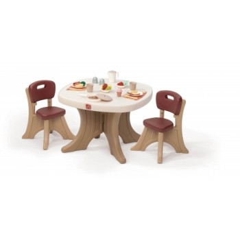 Step 2 New Traditions Table & Chairs Set