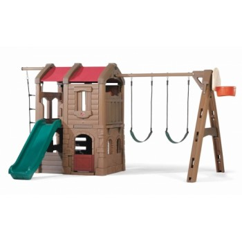 Step 2 Naturally Playful® Adventure Lodge Play Center